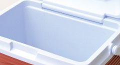 rubbermaid cooler wall thickness